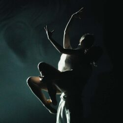 Metamorphoses (Gabriela Urm)